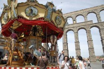 Carousel Magique and Aqueduct